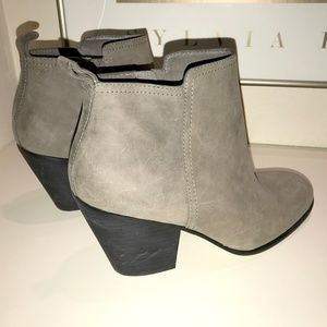 Cole Haan GRAND.OS Bootie - Size 10